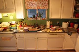 messy messy kitchen