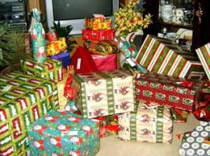 057847017_christmas_gifts_xlarge