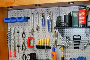 pegboard-storage-solution-wallcontrol2_c632f769769aef98f726ceed54c5657e_3x2_jpg_300x200_q85