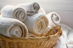 rolled-up-towels
